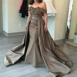 Wholesale Long Skirts Styles For Women - Sexy Bateau Prom Dresses 2017 New Styles Sexy Boat Neck A-Line Detachable Skirt Floor Length Long Evening Party Dresses for Women