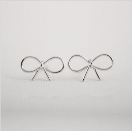 Wholesale Wholesale Silver Bow Earrings - In 2016 the new Mrs Wholesale fashionable simple bow knot earrings earrings jewelry special promotions girl's best gift