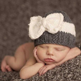 Wholesale Infant Boy Photo Props - Baby Girl Boy Newborn Hat Photo Prop Baby Knit Cap Knit Cable Hat Infant Beanie Hat Bows With Beanies