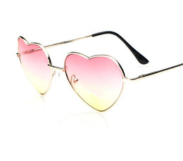 Wholesale Gradient Heart - 10Pcs Lot New Brand Women Metal Big Heart Shaped Sunglasses Women Gradient Wrap Lovely Sun Glasses Free Shipping