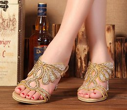 Wholesale Elegant Heels - hot sale 2016 women fashion thick high heels sandals gold gladiator rhinestone slippers crystal diamond ladies sweet flowers elegant shoes