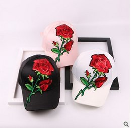Wholesale Rose Tongue - Hot sale Rose Lace sequins baseball cap, female fashion leisure all-match bending along the duck tongue cover hat