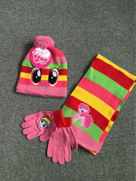 I guanti dei capretti dell'uncinetto online-bambini ragazza inverno 3pcs crochet tappi guanti guanti mittens accessori per bambini di alta qualità cappelli caldi imposta all'ingrosso vestiti di alta qualità