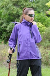 Wholesale Soft Shell Jackets Women - Wholesale Spring Autumn Winter Women Softshell Jackets Outdoor Fleece Soft Shell chaqueta Snowboard Hiking Camping Windbreaker S69