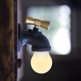 Comercio al por mayor Xinqite toque creativo LED voz Nightlight gabinete xunlight pasillo de carga de inducción pasillo USB luz de la atmósfera una para la actuación desde fabricantes
