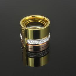 2019 anillos de oro multicolor Anillo de piedra multicolor de cristal de diamante para la joyería mujeres de los hombres del acero inoxidable 316l 18k Rose Platino plateado del oro amarillo de moda rebajas anillos de oro multicolor