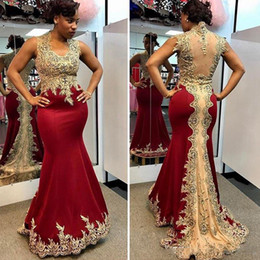 Wholesale African Red Coral Beads - Traditional African Meramid Prom Dresses V Neck Dark Red Formal Party Gowns Illusion Back Beads Lace Champagne Evening Gowns Plus Size