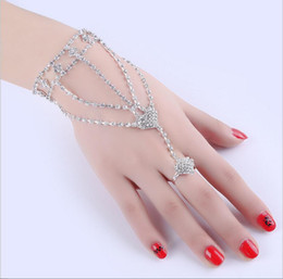 Wholesale Diamond Bow Bracelets - Fashion jewelry diamond Bow bracelet of woman's Finger refers to a ring hand chain silver Claw chain bracelet ring jewelry wholesale