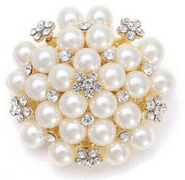 Wholesale Bouquet Pearls - Hot Sale Vintage Silver Tone Rhinestone Crystal Diamante and Faux Cream Pearl Cluster Large Bridal Bouquet Pin Brooch Jewelry 4 Colors