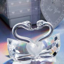 Wholesale Wedding Figurines Gifts - Wholesale- FREE SHIPPING+Wedding Favors Choice Crystal Kissing Swans Figurine Bridal Shower Favor and Gift For Guest