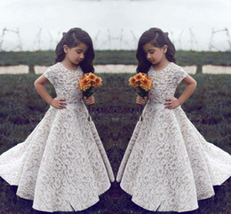 Wholesale Luxury Wedding Dress For Girls - 2018 New Luxury Short Sleeves Lace Little Girls Birthday Flower Girl Dresses for Weddings A Line Floor Length Girls Pageant Dresses