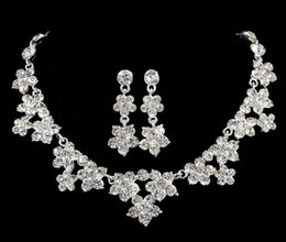 Wholesale Crystal Necklace Settings - 2016 New Amazing Shinny Bridal Jewelry Rhinestone Crystal Luxury Necklace Earring Jewelry Set For Wedding Party Evening Cheap In Stock