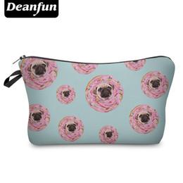 borse di pugni Sconti All'ingrosso- Deanfun Cute Cosmetic Bags 3D Stampato Donut con Pug Fun Organizer per il trucco di viaggio Donne Trucco 50789