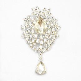 Wholesale Austria Pin - Retail Luxury Bright Silver Plated Waterdrop Shape Austria Crystal Pendent Pin Brooches Women Brooch Wedding Bouquet Brooch