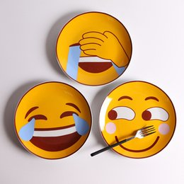 Wholesale Cartoon Cake For Kids - Round Emoji Plates Cartoon Pattern 8 Inch Salad Sushi Cake Ceramic Food Flat Dishes Creative Home Tableware For Kid 6 99dk F R