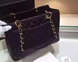 Wholesale Christmas Clearance - Clearance special price black color Fashion leather handbag the ball grain leather shoulder bag handbag