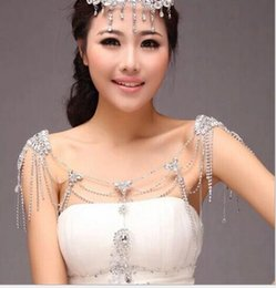 Wholesale Crystal Shoulder Wedding Accessories - Shiny Shoulder Chain 2018 Fashion Noble Crystal Bridal Necklace Tassels Beading Bling Wedding Accessories Body Jewelry