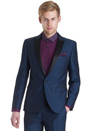 Blaue tuxedos für hochzeiten online-2017 nach Maß One Button Marineblau Bräutigam Smoking Peak Revers Groomsmen Best Man Mens Hochzeiten Prom Business Dinner-Anzüge (Jacke + Hose)
