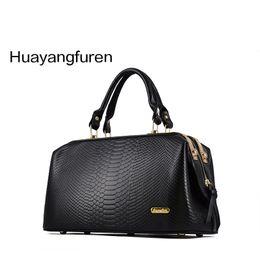 Wholesale Doctor Hard - Wholesale- New 2017 Crocodile Pattern Brand Women Handbag Fashion Big Tote Bag Women Leather Bags Handbags Messenger Bag Q4 F260