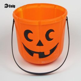 Wholesale Halloween Pumpkin Bucket - Halloween Decorations Candy Cans Curved Eyes Pumpkin Straight Barrels Children Toys Fill the pumpkin bucket with cand Beach Bucket Wholesale