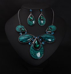 Wholesale Emerald Choker Necklace - Dark green Drop Earrings choker necklace set with European and American fashion accessories big luxury emerald crystal earrings stud
