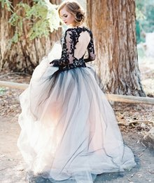 Wholesale Victorian Ruffled Sleeves - Victorian Gothic Wedding Dress Black and White A-line Illusion Long Sleeves Lace Bodice Tulle Skirt Keyhole Open Back Bridal Gowns 2016 New