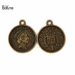 BoYuTe (100 Unids / lote) 17 * 19 MM Bronce Antiguo plateado Metal Elizabeth Coin Charms Colgantes para la Fabricación de Joyas Diy Hecho A Mano desde fabricantes