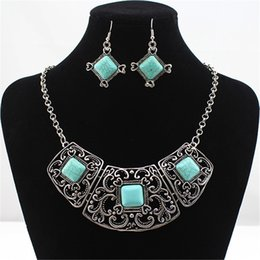 Wholesale Earrings Tibetan Resin - Vintage Fashion Jewelry Set Tibetan Silver Color Blue Stone Round Pendants Necklace Earrings Suits HD-226