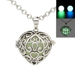 Wholesale Glow Lockets - Antique Silver Love Heart Charms Pendant Glowing in the dark Locket Box for Aromatherapy Perfume Essential Oil Diffuser Necklace