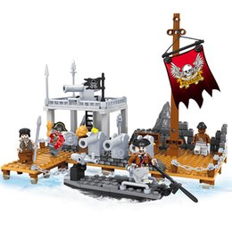 Wholesale Building Blocks Pirate Ship - Delo toys Plastic building blocks self-assembly toys for children pirate ship play set without package box JJ003033