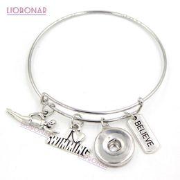 Bijoux de natation en Ligne-En gros Wire Bracelet Interchangeable Snap Bijoux Sport Natation Bracelet Extensible Bracelet Snap Bouton Bracelets pour cadeau de nageur
