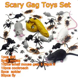 Wholesale Realistic Mouse - 10sets Lifelike Plastic mouse cockroach Fly Realistic Fake Rubber Poop Shit funny Tricky Joking scary Gag Toys set for Halloween Funny Toys