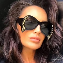 Wholesale Unique Mirror Frames - 2018 New Fashion Trend Unique Design Resin butterfly Frame Women Sunglasses Oversized Irregular Frame Sunglasses Women uv400