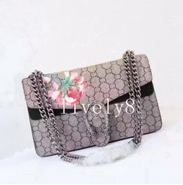 Impresión floral de los bolsos negros online-El más nuevo estilo de las mujeres 28 cm señoras de la marca tendencia de la moda casual simple impresión de la cubierta de la sección transversal Floral bolsos de Hombro bolso negro