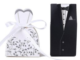 Wholesale Bride Groom New Dolls - New 100pcs Bride and Groom Candy Boxes wedding favor holder Chocolate Gift Boxes With Ribbon for Wedding Party Table Decoration Wholesales