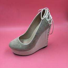 Zapatos de cuña de cuero nobuck online-Zapatos de vestir de tacón de cuña de color caqui para mujer Punta redonda Slip-on Bombas de gran tamaño para mujer Plataforma de tacón alto Slip-ons 14 Zapatos Mujer Cuero de nobuck