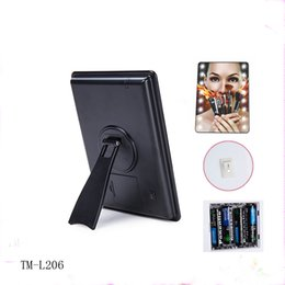 Wholesale Mirrored Vanity Tables - 16 LED Battery Operated Plastic Table Desktop Mirror Touch Screen Lighted Vanity Cosmetic Mirror