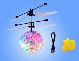 Wholesale Ufo Aircraft Toy - Hot Easy Operation Vehicle Flying RC Flying Ball Infrared Sense Induction Mini Aircraft Flashing Light Remote Control UFO Toys for Kids