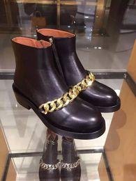 Botines negros cadenas cadenas online-Black Chains Boots Fashion Hot Fall Winter Botines de mujer tobillo Martin
