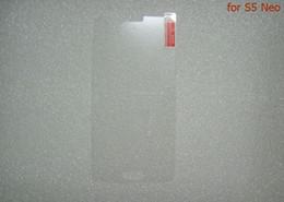 Premium gehärtetes glas film für samsung galaxy j1 j2 j3 j5 j7 2016 j1 mini glas displayschutzfolie fall für s5 neo a9 j8 kein kleinkasten von Fabrikanten