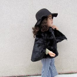 Wholesale 5t Girls Fur Coats - Ins New Celebrity Star Style Winter Girls Black Faux Fur Poncho Baby Children Warm Thicken Sleeveless Cloak Coats Toddler Kids Cape Clothing