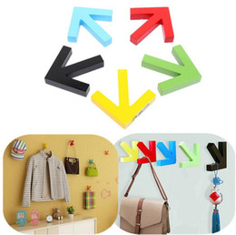 Wholesale Wall Mounted Rack Clothes - Wholesale Price Beautiful Design Wall Mounted Colour Painting Wood Arrow Hook Hanger Hat Coat Door Clothes Rack Decoration