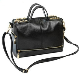 Wholesale Trunks For Motorcycles - 2017 New Arrival Handbag Retro Motorcycle Messenger Bag Rivet genuine Leather Laptop Bag Women Shoulder Bags for Women