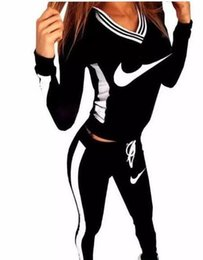 2pc traje de mulher on-line-2016 Marca Treino Mulheres Esporte Terno Moletom Com Capuz Camisola + Calça Femme Marque Survetement Marque Sportswear 2 pc Set