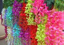 Canada Blanc Artificielle Suspendus Plantes D'orchidées Faux Soie Fleur De Vigne Pour Le Mariage Toile De Fond Parti Décoration Fournitures Offre