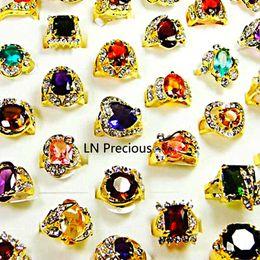 Anéis chapeados on-line-Moda Clássico Rhinestone Zirconia Banhado A Ouro Anéis de Dedo para As Mulheres Todo O Lote de Jóias Em Massa LR078 Frete Grátis