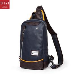 Оптово - UIYI бренд PU кожаные сумки мужчины сумка груди пакет слинг кроссбоди сумки подростков путешествия школьные сумки 150053 cheap brand sling bags от Поставщики фирменные сумки