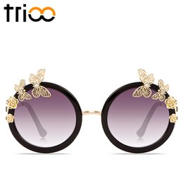 Wholesale Queen Show - Wholesale- TRIOO Luxury Brand Diamond Butterfly Sunglasses Women Street Show Queen Style Shades Lady Gradient Round Lens Sun Glasses Female