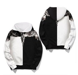 Wholesale Men Wet Shorts - New Men and women sweethearts outfit street wet wings feathers white and black color matching printing fleece hooded jacket