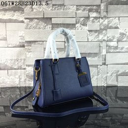 Wholesale Crochet Christmas Bag - Latest women leather totes Lichee grain Medium casual bags 3 layers pockets one zipper women buisness casual totes or shoulder bags